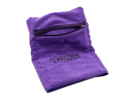 Wyhaftowane logo klienta z kieszonkowym ręcznikiem gimnastycznym z mikrofibry w 280GSM