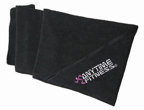 Super chłonny ręcznik z mikrofibry z wyhaftowanym logo i kieszonkowymi ręcznikami gimnastycznymi na pot