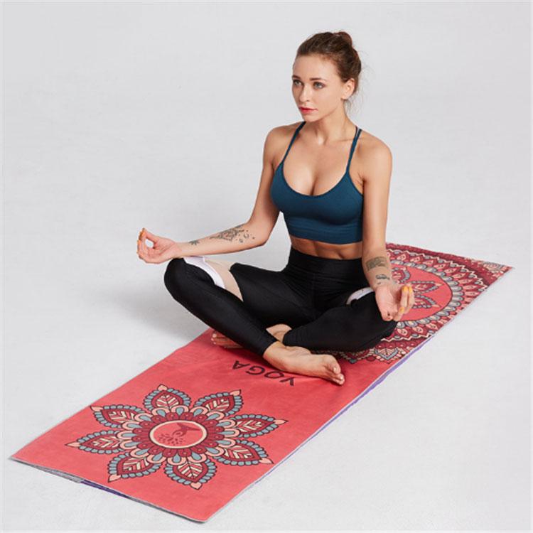 Asciugamano caldo di yoga senza pelucchi stampato a colori in microfibra all'ingrosso per adulti